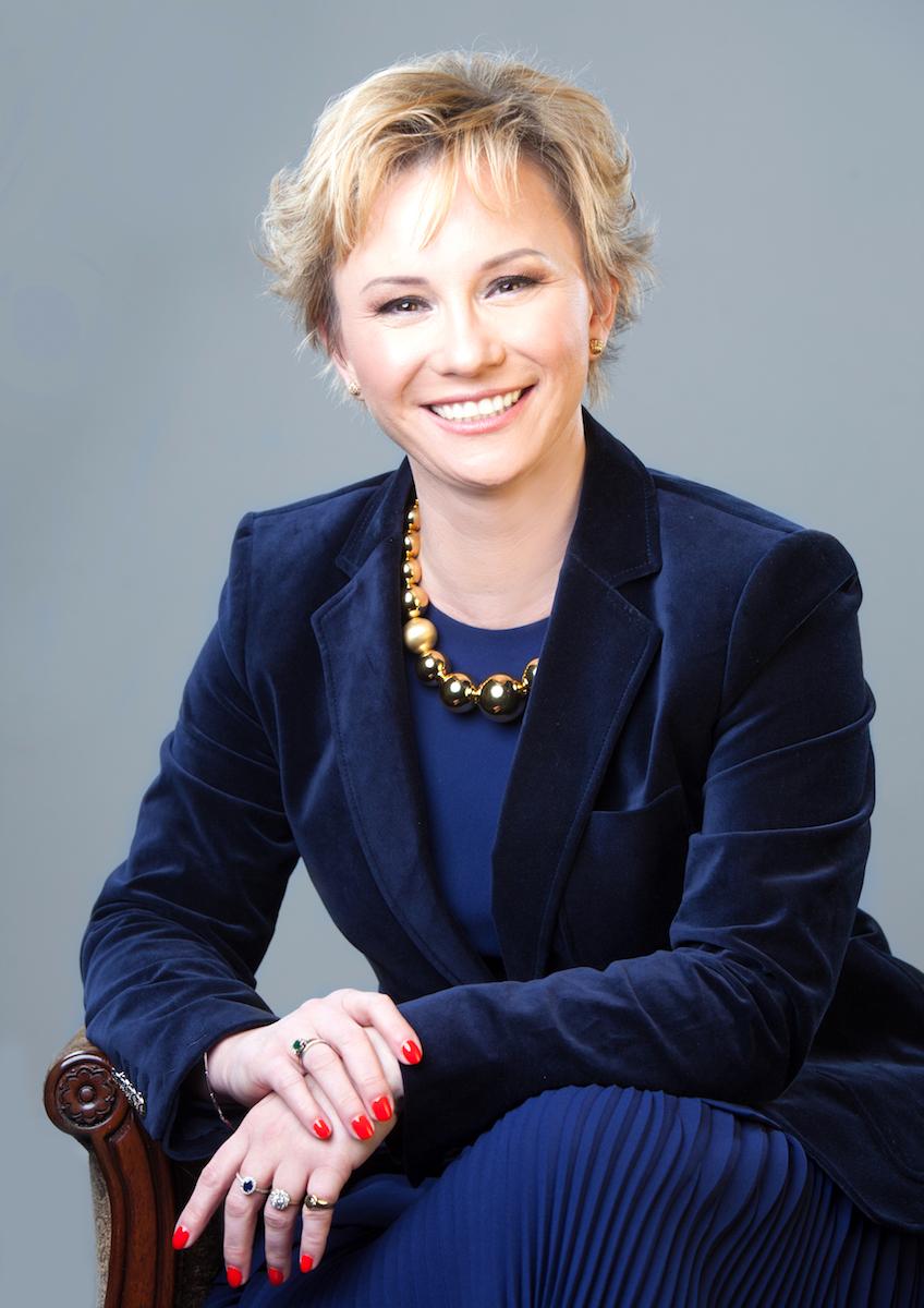 Dr.Ewa